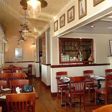 The Restaurant At Rowayton Seafood Norwalk Restaurant Review Zagat