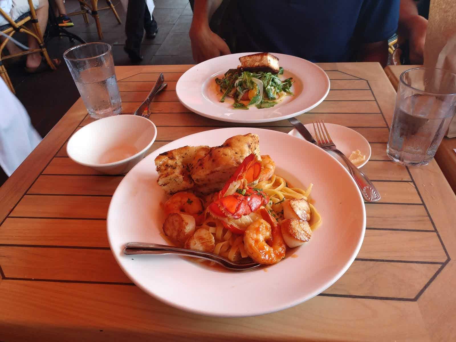 The Mooring Seafood Kitchen Bar Newport Restaurant Review Zagat