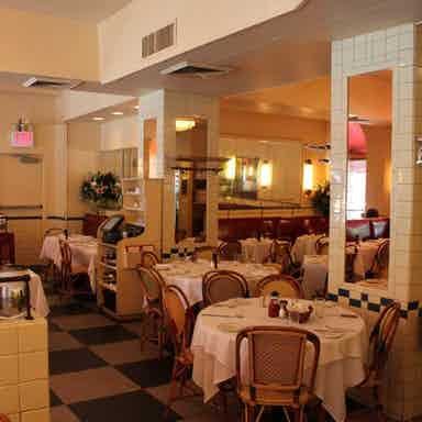 Cafe Luxembourg New York Restaurant Review Zagat