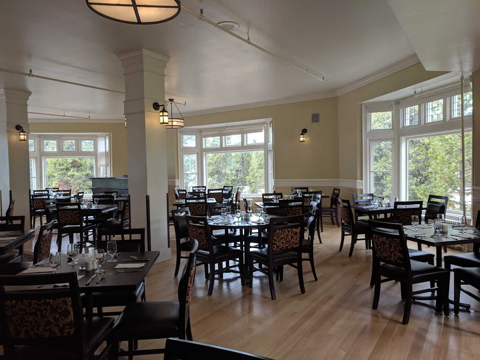 Lake Yellowstone Hotel Dining Room   Yellowstone National Park | Restaurant  Review   Zagat