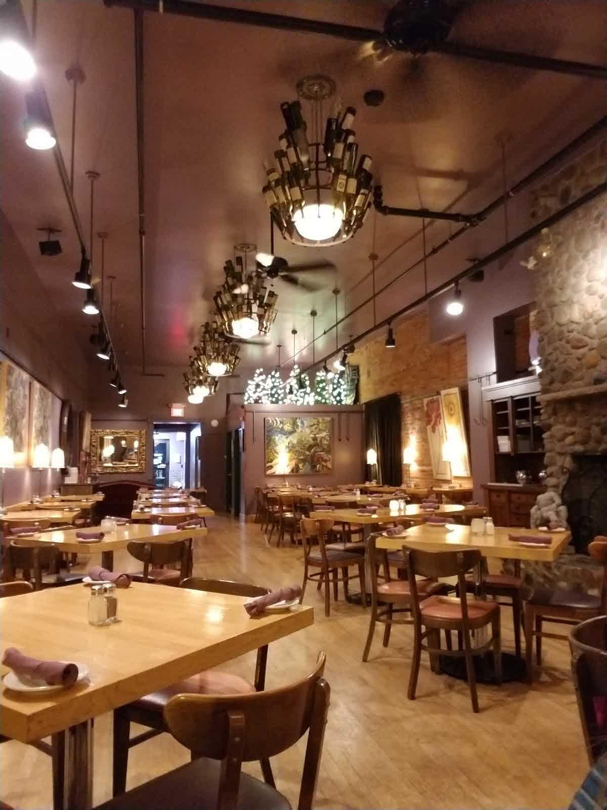 Mona lisa eau claire restaurant menu