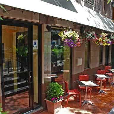 Vice Versa Nyc >> Viceversa New York Restaurant Review Zagat