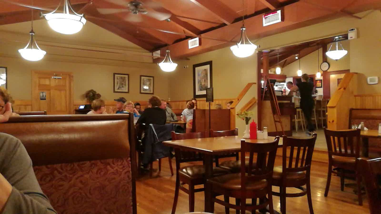 Charlies Place Restaurant Niantic Restaurant Review Zagat
