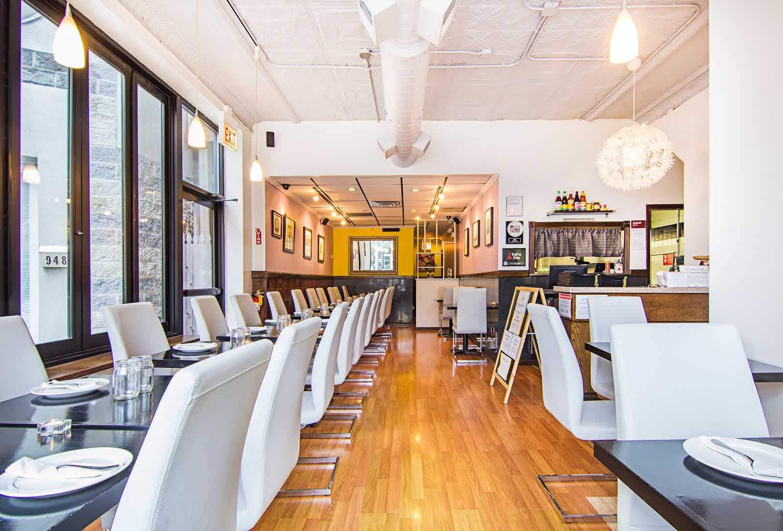 Andy S Thai Kitchen Chicago Restaurant Review Zagat
