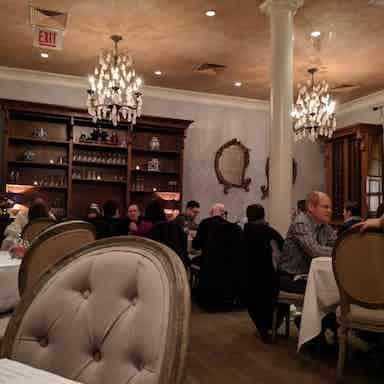 blue door kitchen garden chicago restaurant review zagat - Blue Door Kitchen